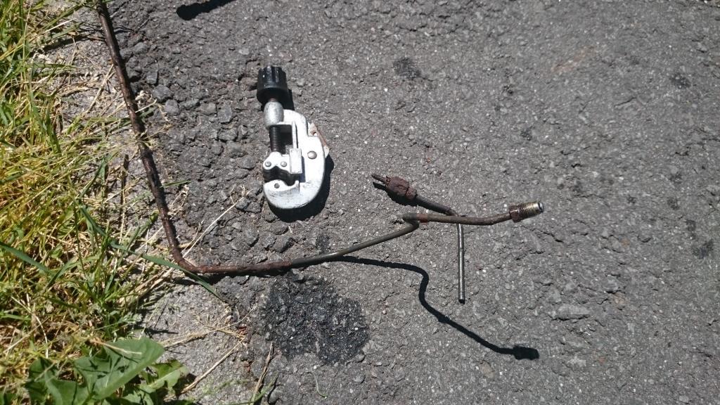 Bremsleitung (8)